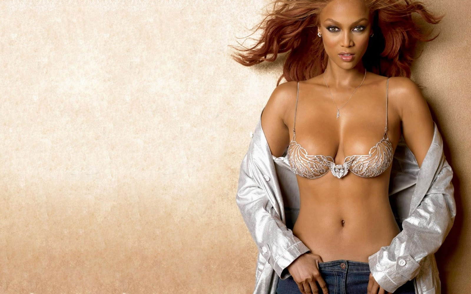 Sexy Pictures Of Tyra Banks