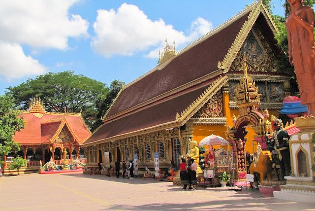wat si muang vientiane laos