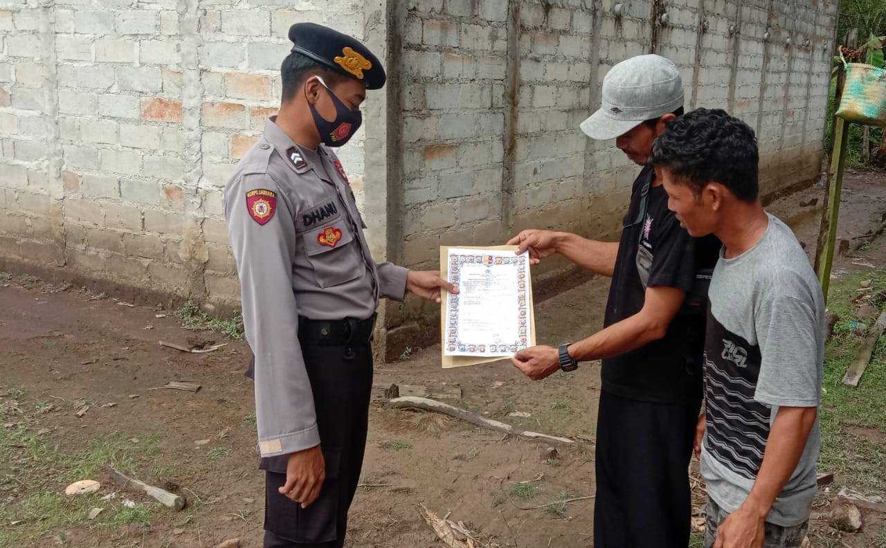 Personel Polsek Sebangau Kuala Sampaikan Sambaikan Imbauan Untuk Tidak Membakar Hutan Lahan