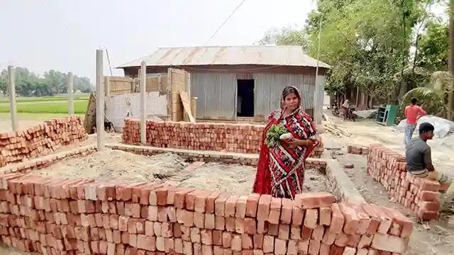 রাজিবপুরে ভূমিহীন পরিবারকে উচ্ছেদ করে ঘর নির্মাণ