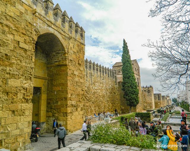 Córdoba, Andaluzia: Porta de Almodóvar e muralhas mouras