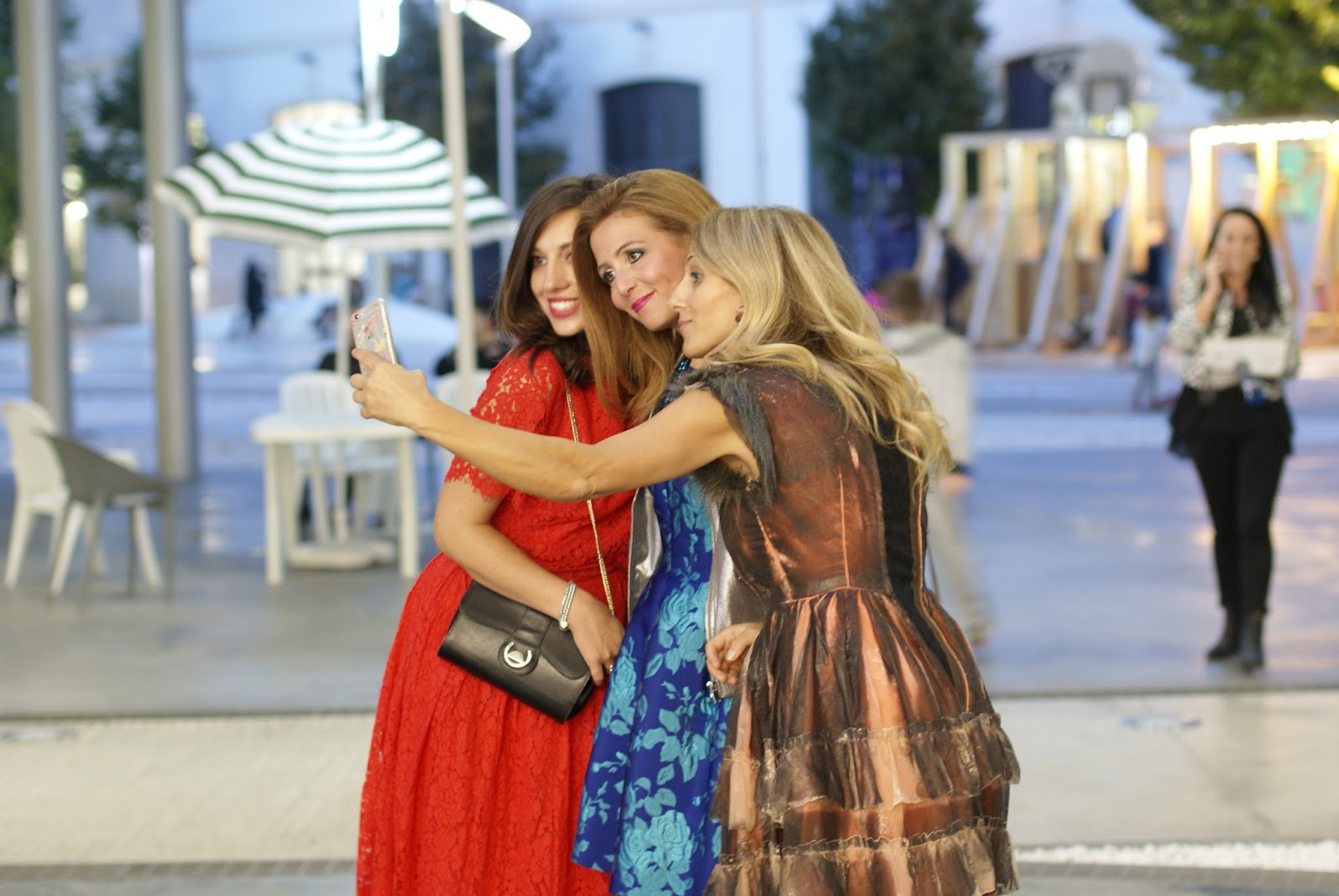 Fashion Blogger Friends Meetup In Rome