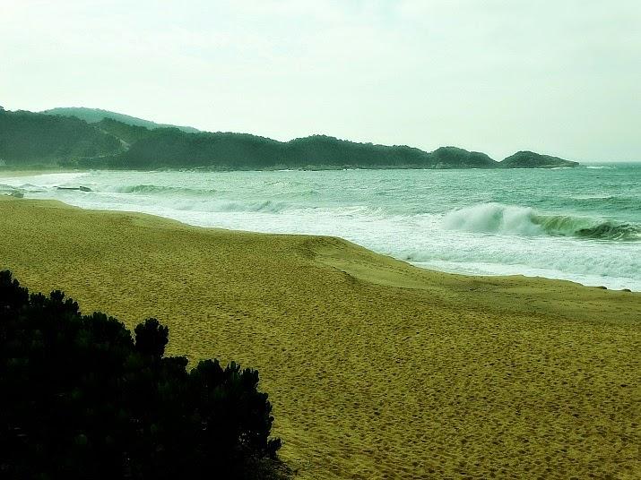 Praia do Estaleiro, no sul de Balneário Camboriú