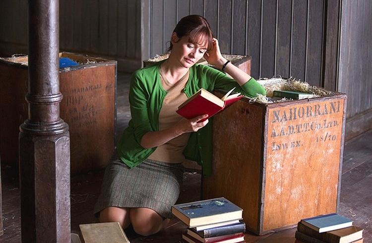 Uma Beleza Fantástica, A Livraria, A Sociedade Literária e a Torta de Casca de Batata, capa, resenha, netflix