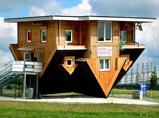 Ngôi nhà lộn ngược, Đức