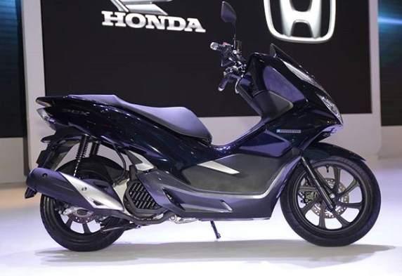 Honda_PCX_Hybrid_Indonesia_2018
