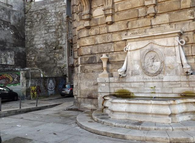 Fonte da Porta do Olival no Porto