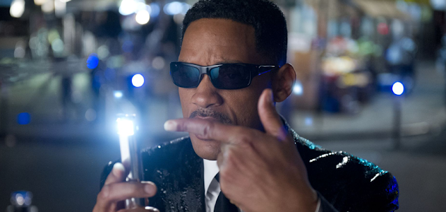 Will Smith în Man In Black 3