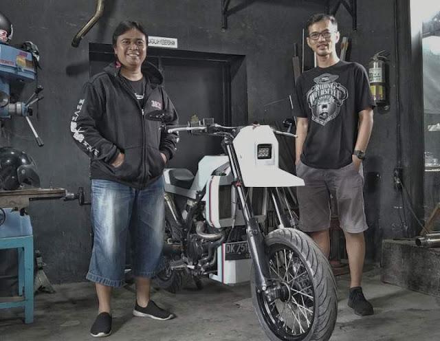 Modifikasi Kawasaki Dtracker 250 RoboBox