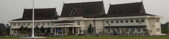 Gedung kantor Buapati Kabupaten Tanjung Jabung (Tanjab) Barat