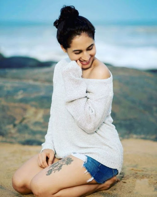 Actress Pooja Ramachandran Latest Hot Pics Navel Queens