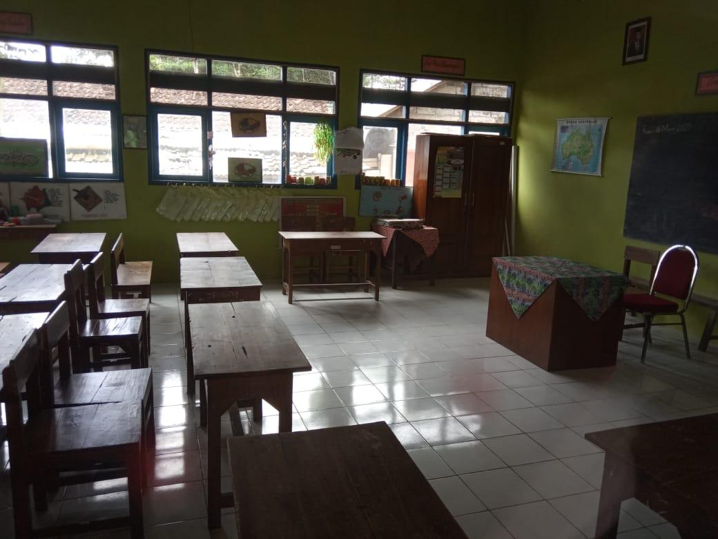 SD N 1 Kedalon Beri Tugas Belajar Di Rumah Selama 14 Hari Off Line