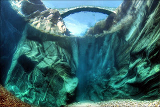 Sungai+Terjernih+Di+Dunia.jpg