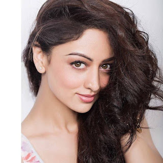 Sandeepa Dhar hot, movies, age, bikini, upcoming movies, biography, photos, images, husband name, instagram, and yami gautam, movie list, facebook