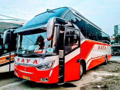 Foto Bus Raya Super Top AD1570BR