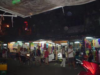 Marché de Ben Thanh nuit. Ho Chi Minh. Viêt-Nam