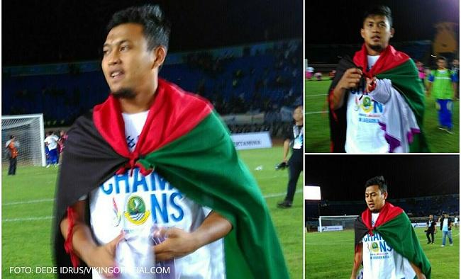 Kiper Persib Bandung M Natsir mengatakan mempersembahkan emas sepak bola PON untuk negara Palestina yang dijajah Israel