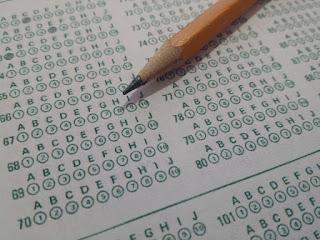 [UFPR] Questões da Área da Educação para Concursos, com Gabarito