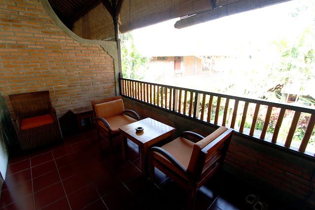 Terraza del hotel Bunga Permai (Bali)