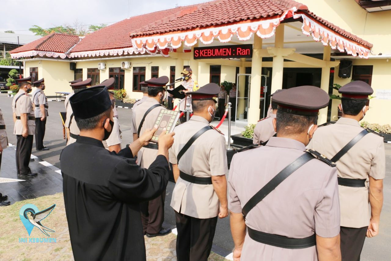 11 Perwira Polres Kebumen Dirotasi, 7 Diantaranya Kapolsek
