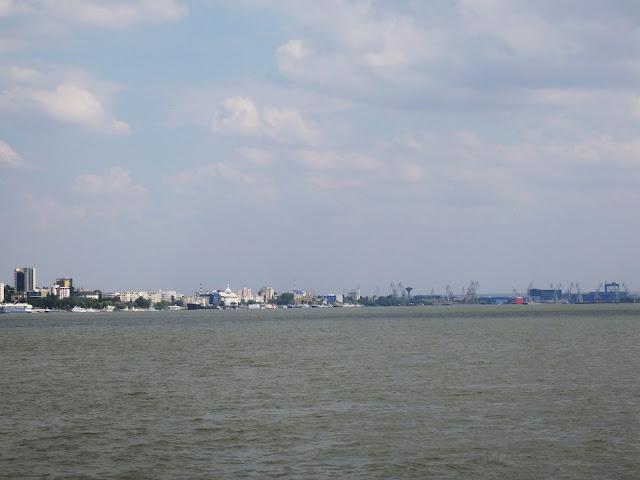 Widok na Galati z Dunaju