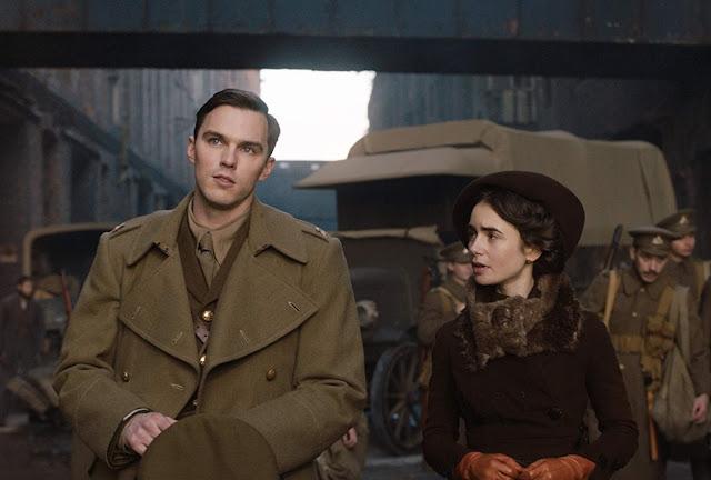 """Trailer de """"Tolkien"""" explora a verdadeira origem da Terra-Média"""