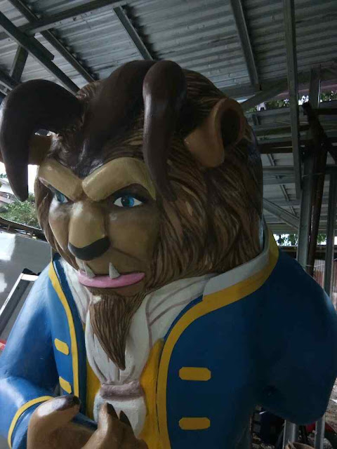 "Patung (Sculpture) 3D styrofoam ""Beauty and the Beast"" untuk dekorasi ultah anak"
