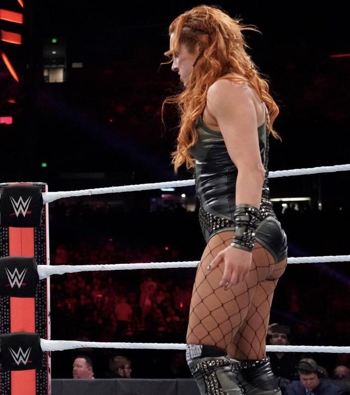 DivaTights-Women of Wrestling in Tights and Pantyhose: Becky Lynch`s Legs in Tights/Pantyhose 77