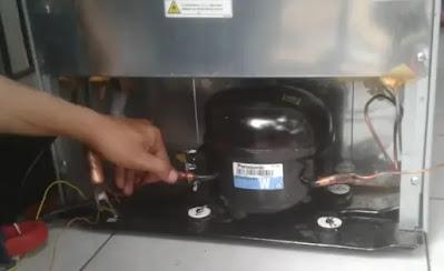 Memperbaiki Kulkas kapasitor yang Rusak