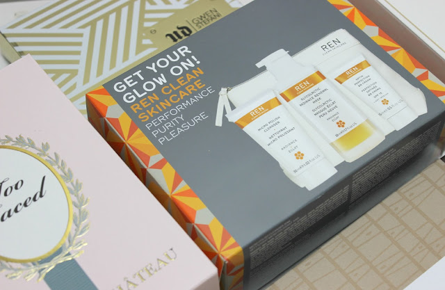 A picture of REN Get Your Glow On! Radiance Gift Set