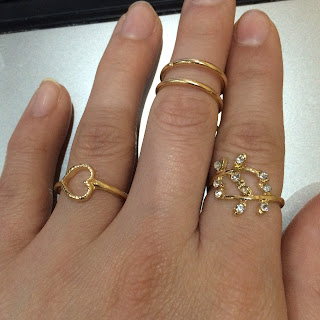 http://www.ladyqueen.com/4pcs-set-fashion-leaf-heart-shaped-hollow-out-knuckle-ring-geometry-joint-finger-rings-sp0369.html