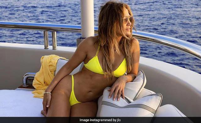 Jennifer Lopez is Looking Hot In Her New Instagram Photos