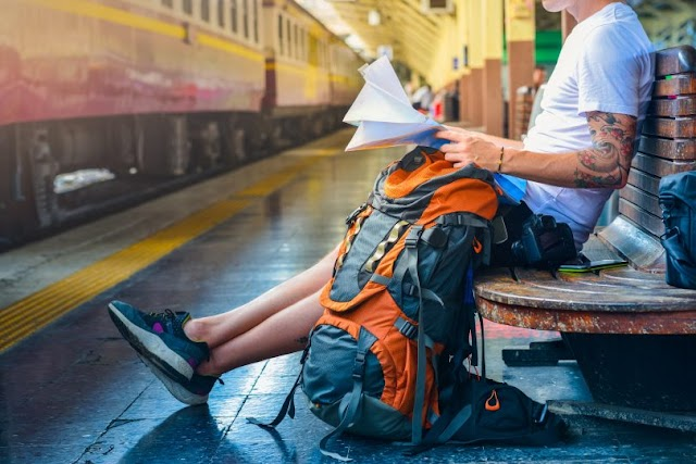 4 Applications to Travel Lighter and More Comfortable In the Interrail