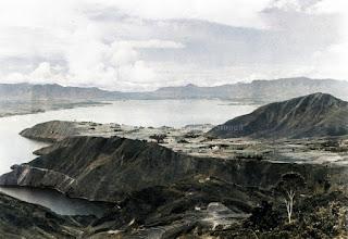 pemandangan danau toba dan daerah sekitarnya