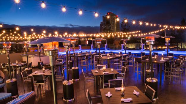 Noite nos restaurantes em Oakland