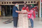 Dalam Upaya Percepatan Penanggulangan Covid-19, PMI Jak-Bar Beri Bantuan Sabun Antiseptik Didelapan Kecamatan