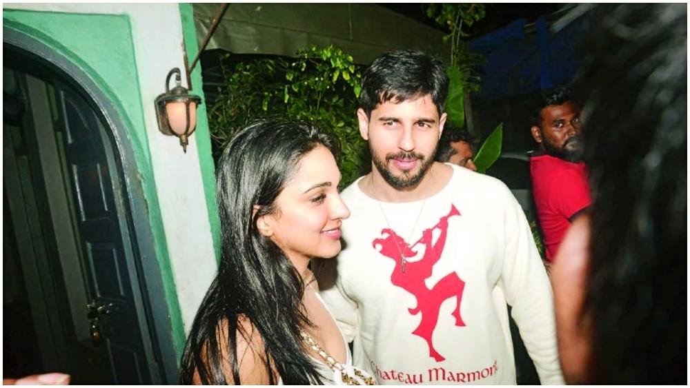 "Actors Gossips: Is Kiara Advani dating Sidharth Malhotra? Her ""Laxmii"" co-star Akshay Kumar has a solution for it"