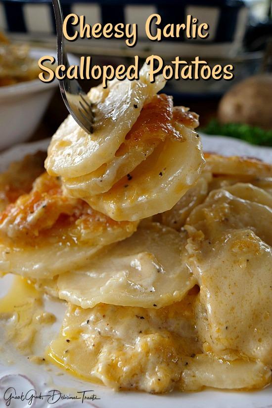 CHEESY GARLIC SCALLOPED POTATOES #potato #dinner