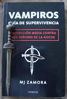 Portada del libro Vampiros. Guía de supervivencia, de M. J. Zamora