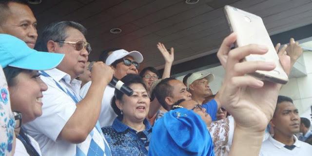 SBY Mendadak Konser di Sarinah