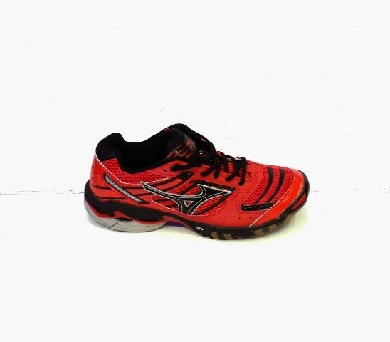 foto Sepatu Mizuno WL7 warna merah,