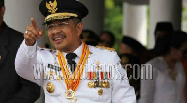 Gubernur-Sulawesi-Utara-Olly-Dondokambey