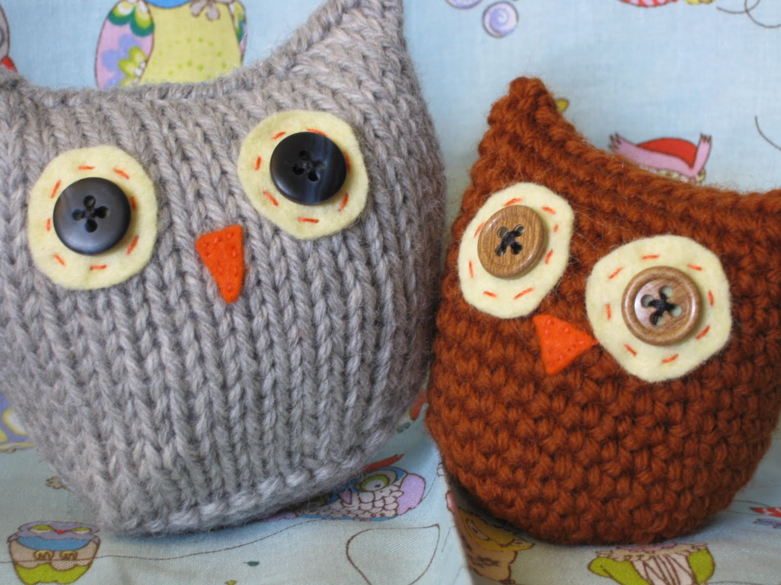 Ocean of Stitches: Owls Two Ways (free pattern)