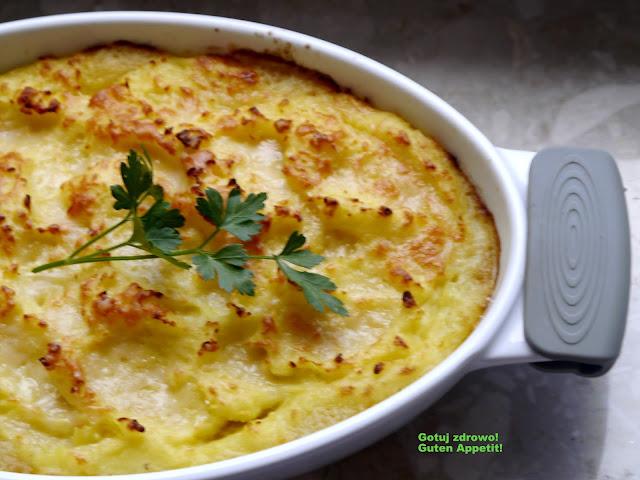 Zapiekanka z wędzoną makrelą, szpinakiem i puree ziemniaczanym - Czytaj więcej »