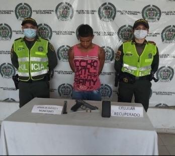 https://www.notasrosas.com/Lo capturan en la vía La Paz - San Diego, por hurtar un celular