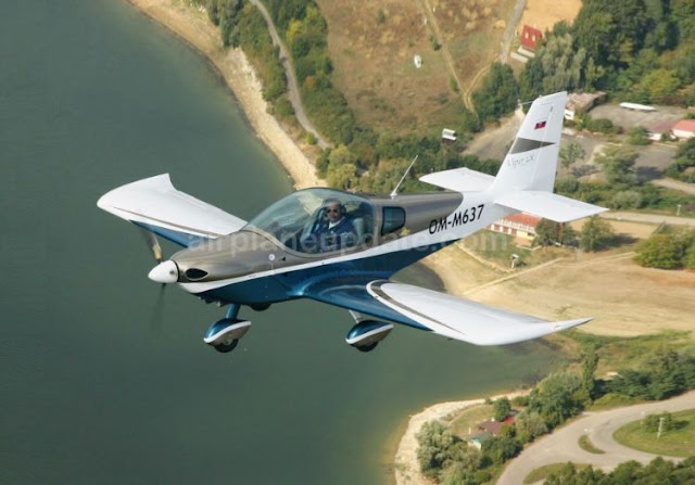Tomark Viper SD-4 light sport aircraft