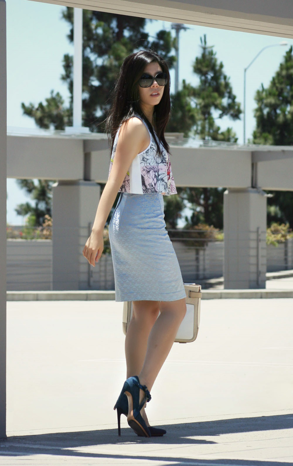 clover canyon crop top and h&m pencil skirt