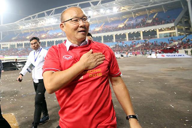 Chính thức gia hạn hợp đồng với VFF, HLV Park Hang Seo nói gì?