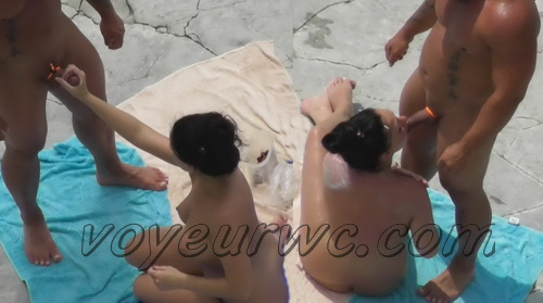 BeachHunters Sex 20586-20658 (Hot Nudist Couples spy cam at the beach)