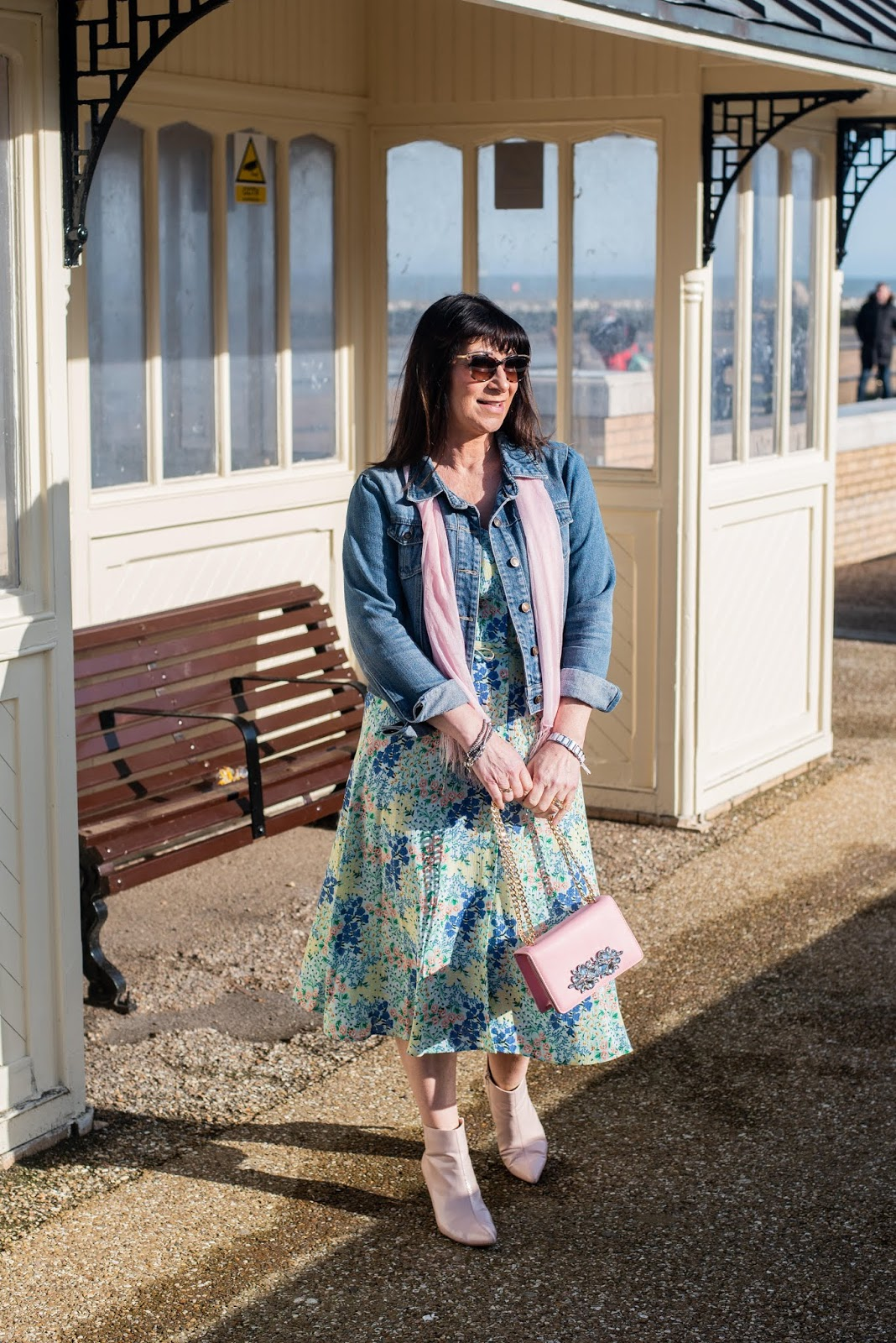 Blue print dress and pale pink accessories worn by Jacqui Berry from Mummabstylish